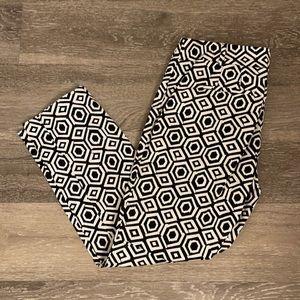 🆕Ann Taylor Petite Signature Geo Print Pants